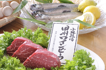 【2大メイン】貴重な甲州ワインビーフ&忍野湧水虹鱒