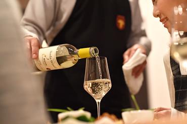 シニアソムリエ厳選山梨県産ワイン