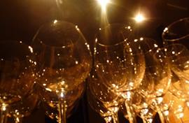 写真:ワイングラス