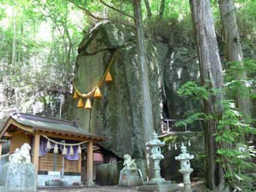 写真:石割神社
